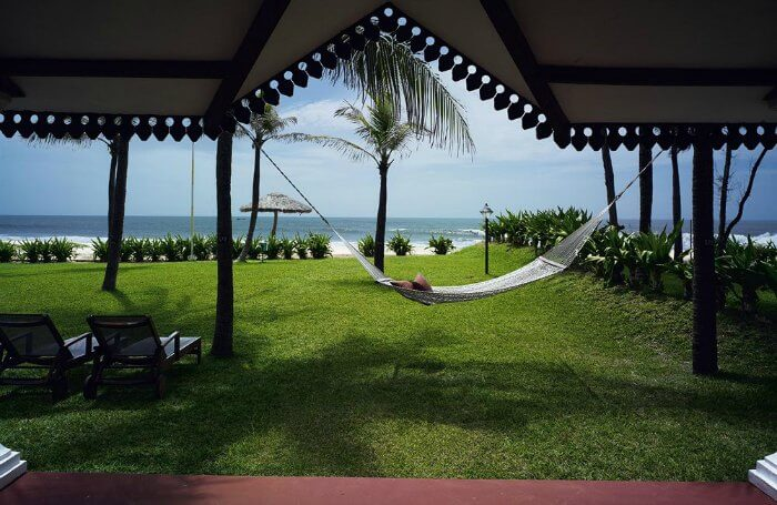 beach view and a hammock at Vivanta by Taj Fisherman's Cove