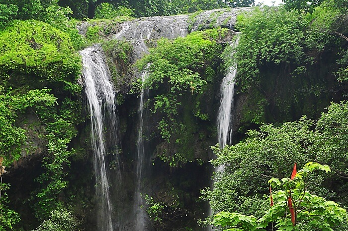 Hathni waterfall  is 100 metres high and a serene picnic spot near Vadodara