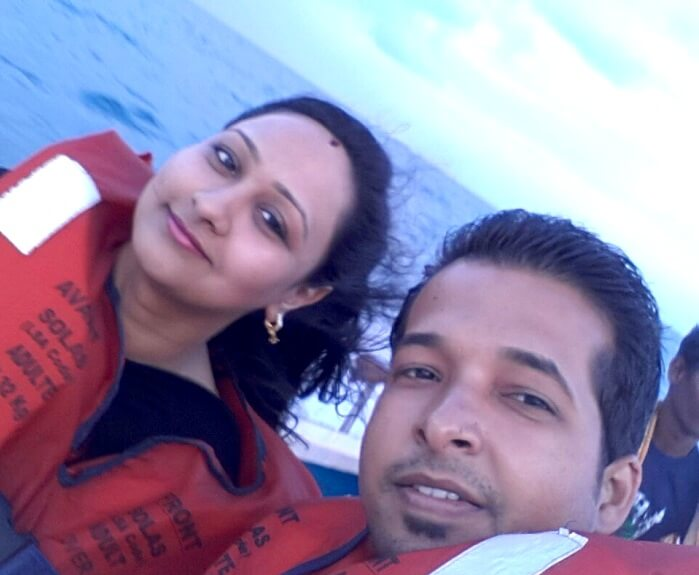 Agam and his wife click a selfie