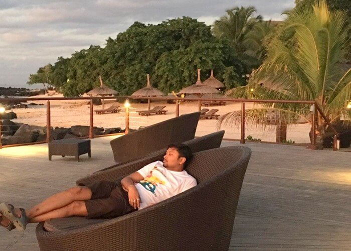 Sandeep relaxing at the Intercontinetal Resort