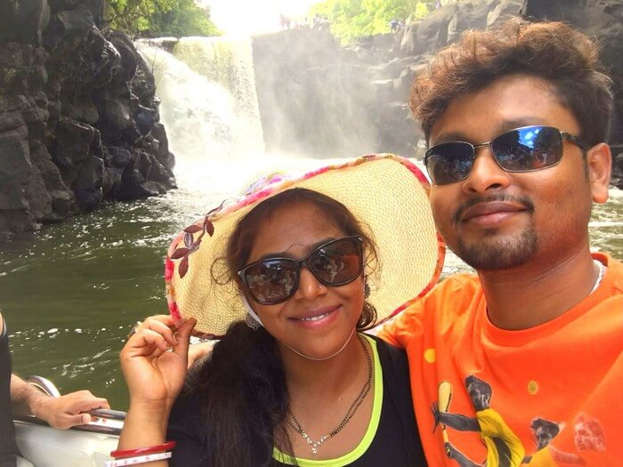 Sandeep and Samatha at the waterfall near Ile Aux Cerfs