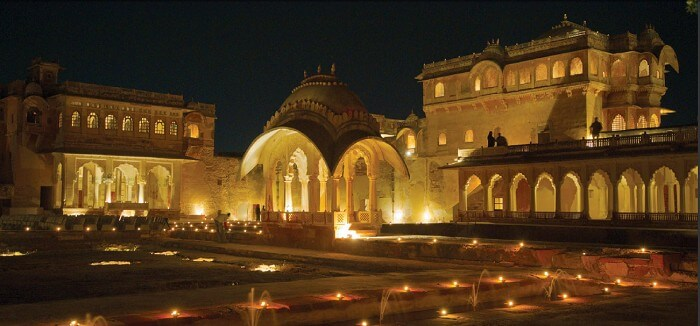 The glorious havelis of Ranvas look mesmerising at night