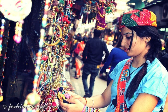 Shopping for trinkets and handicrafts in Sarafa Bazar is one of the best things to do in Pushkar