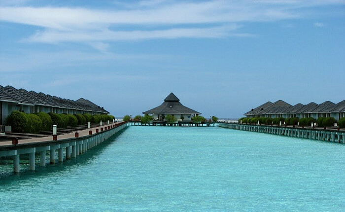 The fabulous Sun island resorts is a popular reason to visit Sun Island