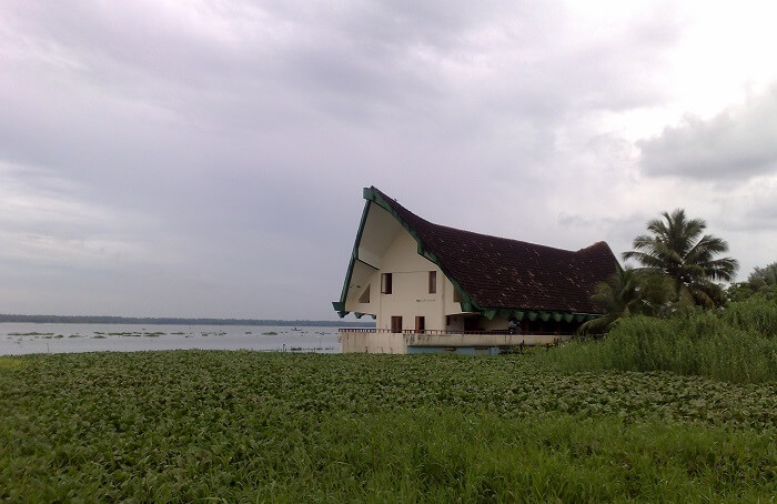 The serene Vaikom Beer House in Kottayam