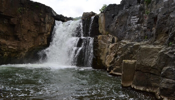 The Zarwani waterfalls is a quaint picnic spot near vadodara