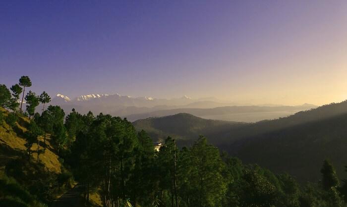 hill station Kausani for honeymoon India