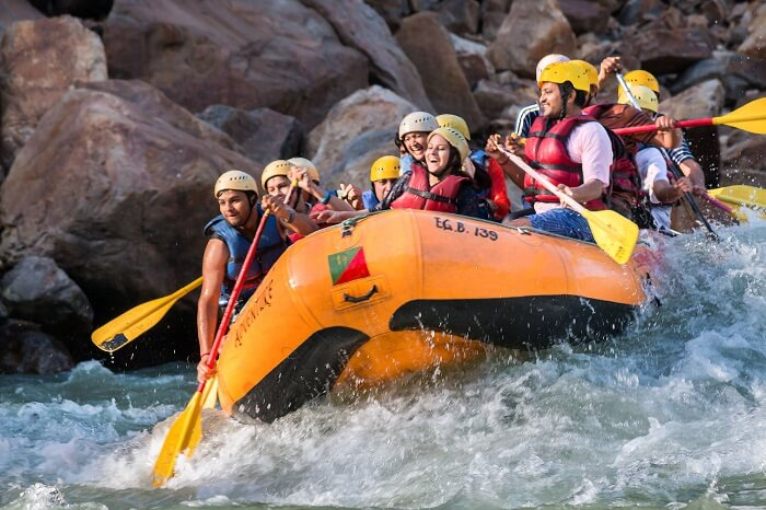 river rafting in rishikesh hit the rapids. Black Bedroom Furniture Sets. Home Design Ideas