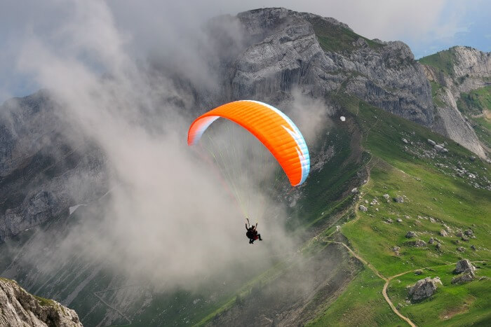 Do paragliding in Mashobra