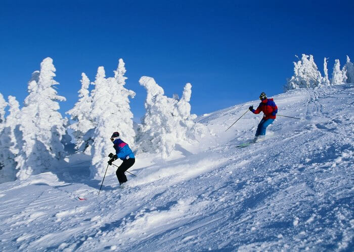 Indulge in skiing in Mashobra during winters