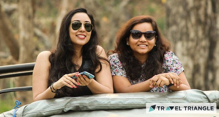 Girls on the Jim Corbett jungle safari