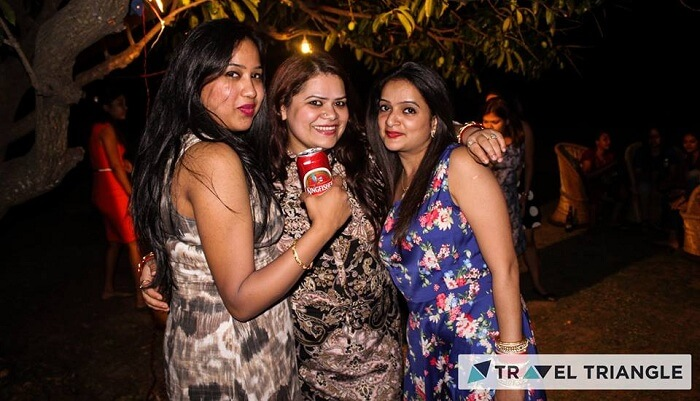 Girls have fun in a party in Jim Corbett