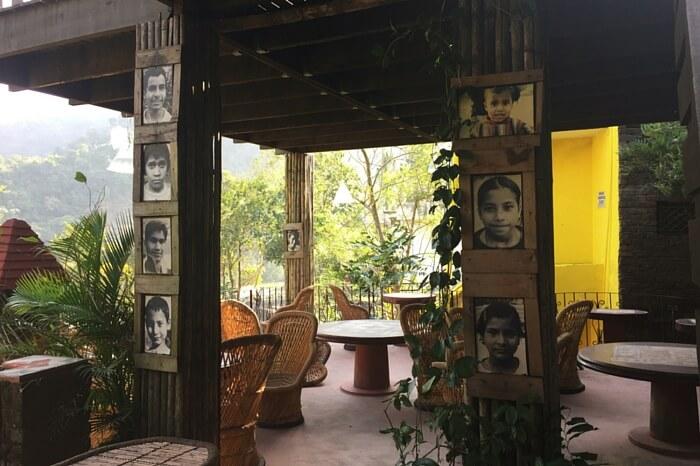 Serene locale surrounding Ramana's Organic Cafe