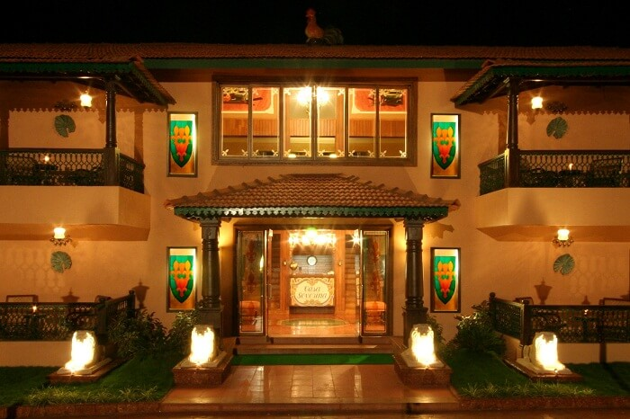 The entrace of the Casa Saverina that is one of the economical honeymoon resorts in Goa