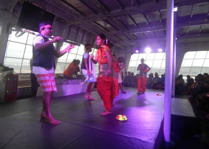 Dance performance on Boat Ride in Mandovi River