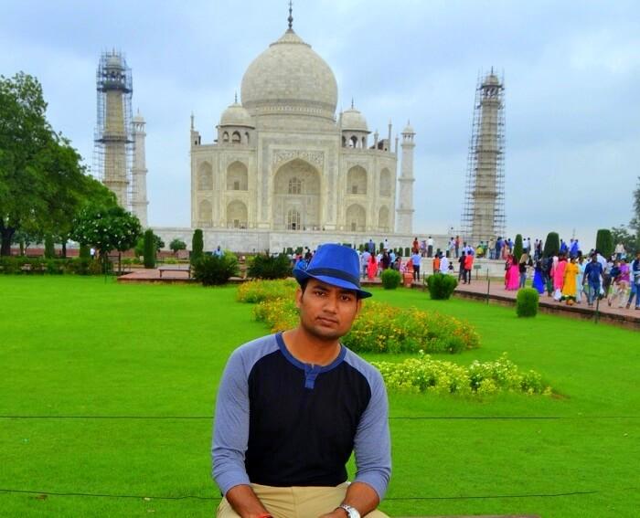 Vineet at Taj Mahal in Agra