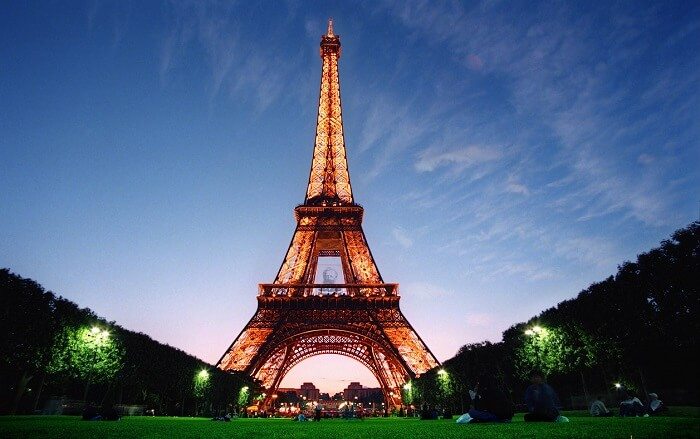 A beautiful shot of Eiffel Tower - The most iconic place to visit in Paris