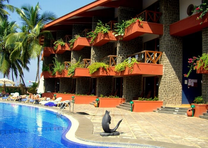 Poolside view of hotel Uday Samudra Leisure - One of the best 4-star resorts in Kovalam