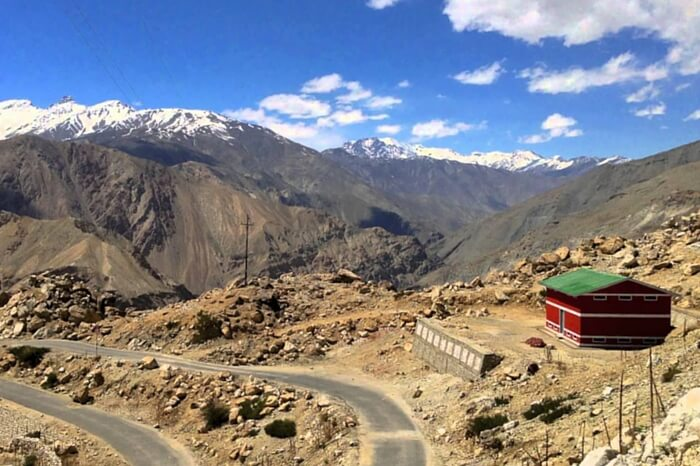 The road leading to Spiti Valley