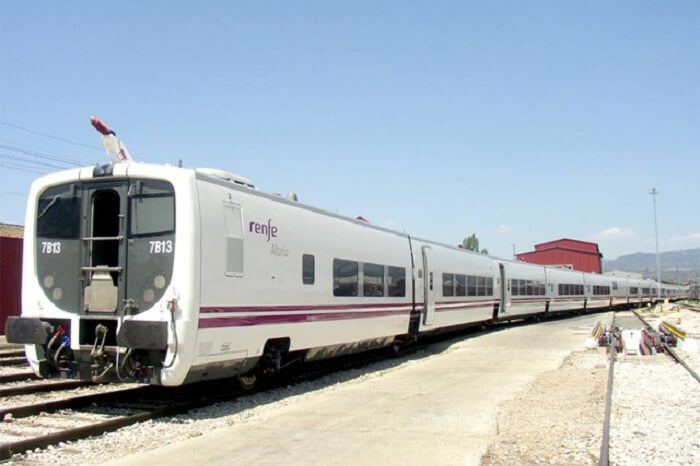 The nine-coach Talgo train consists of two Executive Class cars, four Chair Cars, a cafeteria, a power car and a tail-end coach for staff and equipment.