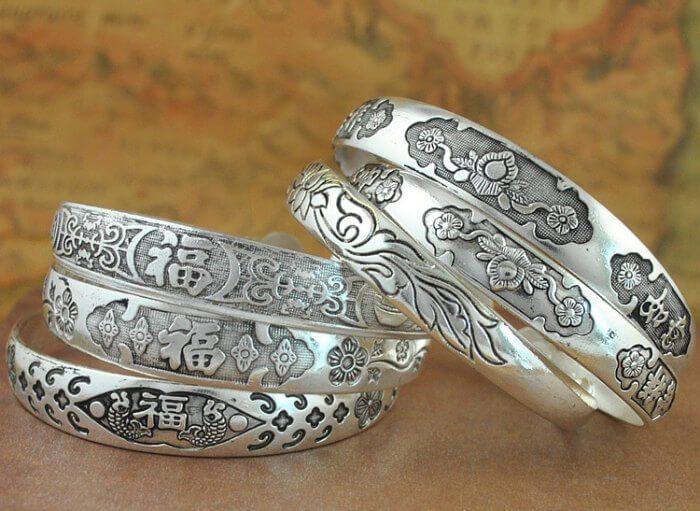 Buy shining silver ornaments in Cambodia