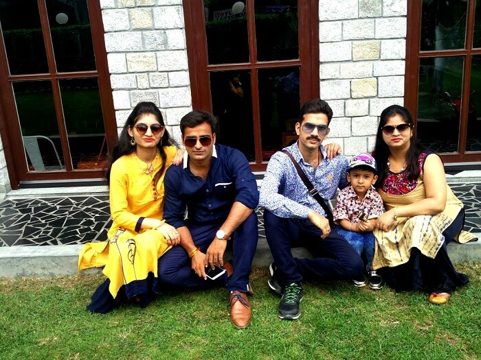 Sachin and his family in Manali
