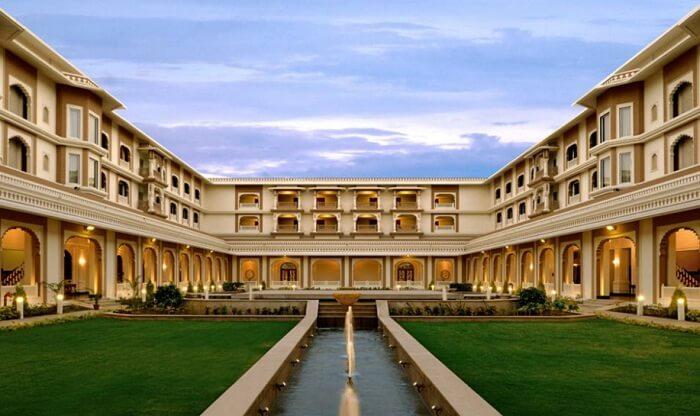 The courtyard and garden at the Indana Hotel in Jodhpur