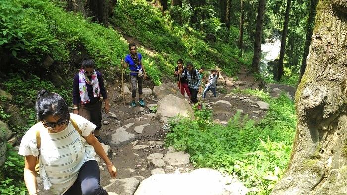Girls doing Chalal trek from Kasol