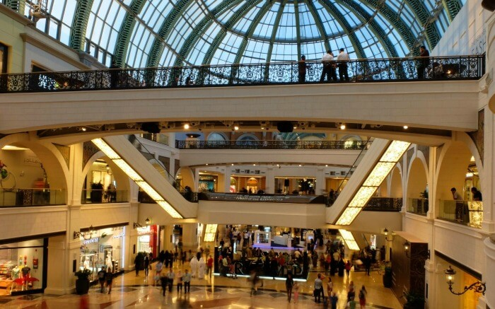 Shopping in the Mall of the Emirates