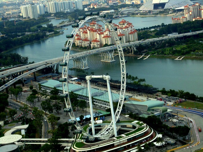 Amazing view of the Singapore Flyer