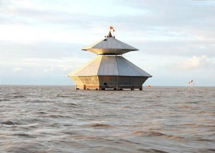 Stambheshwar Mahadev, Gujarat; a famous temple in India