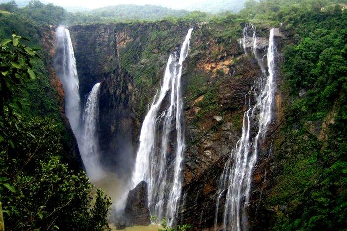 A glorious waterfall in Pachmarhi