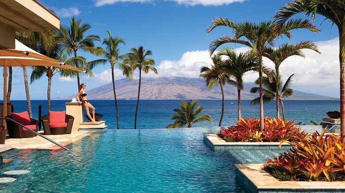 Pool overlooking the volcano in Four Seasons Resort Maui