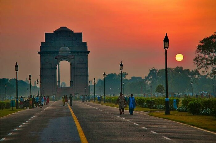 The India Gate in Delhi- a pretty sight at dusk