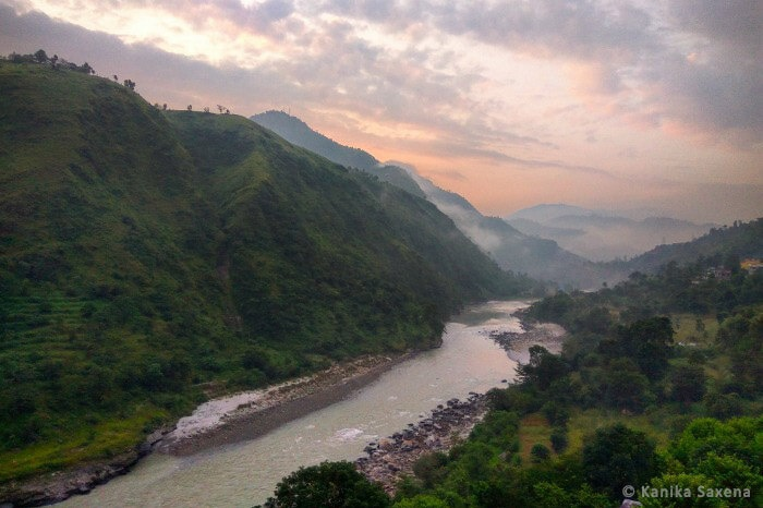 The colours of the sky during sunrise over Parvati Valley