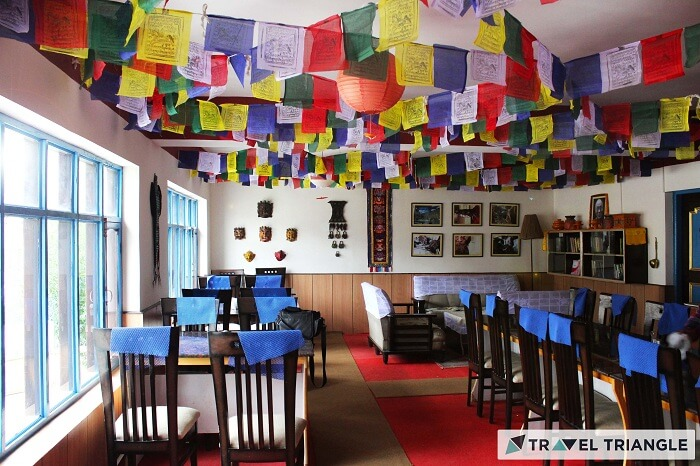 Kunzum cafe in Himachal