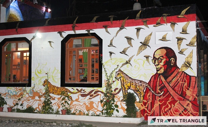 Dalai Lama graffiti on walls of Himachal