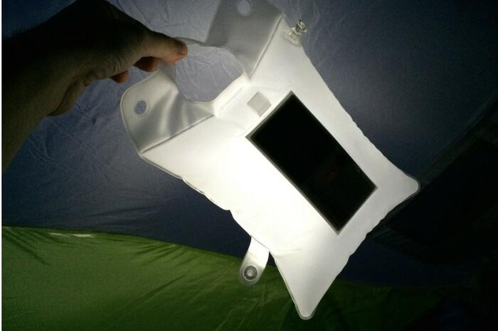 Illuminating inflatable LED light