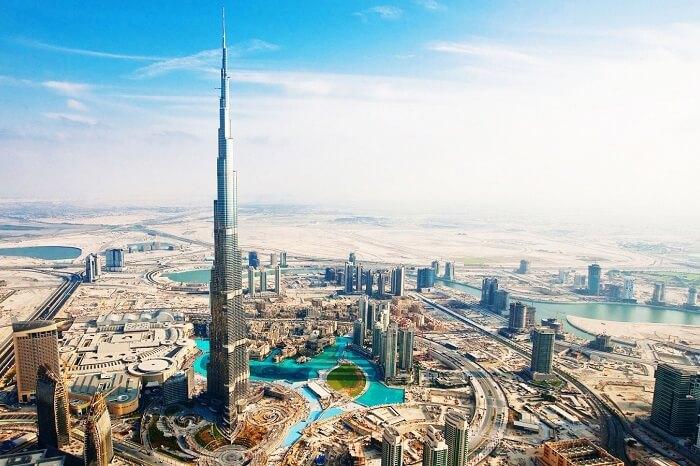 A day shot of the Burj Khalifa and the Dubai skyline