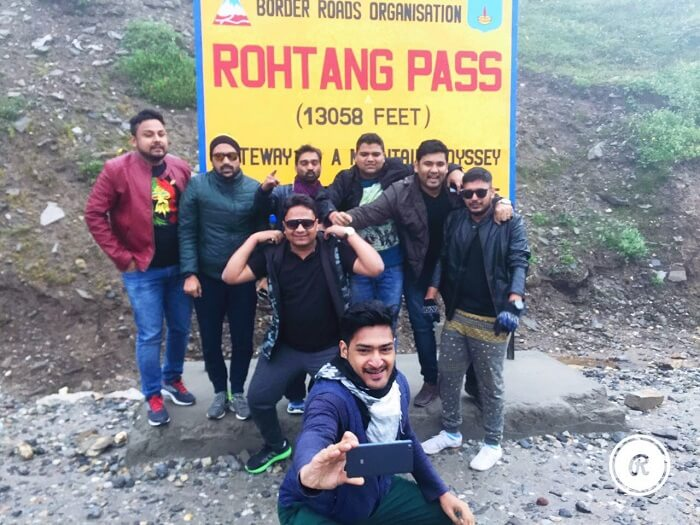Sumit and his friends at the Rohtang Pass