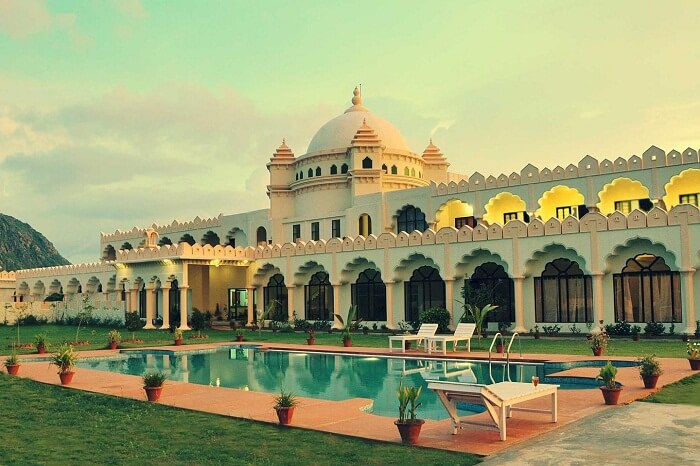 The beautiful looking exteriors and swimming pool at the Gulaab Niwas in Ajmer