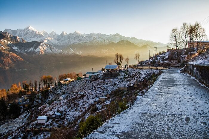 A snap of the snow covered Munsiyari town in Uttarakhand