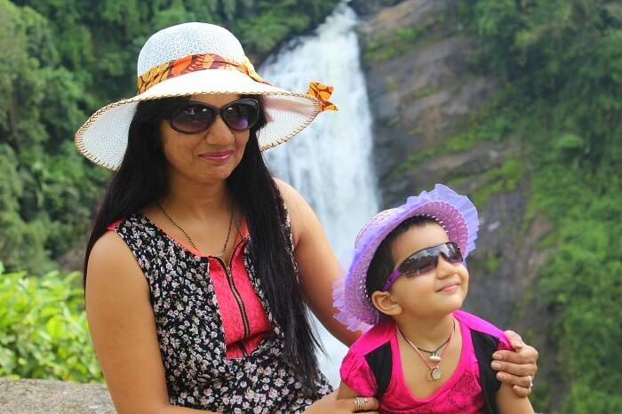 Mukeshs wife and daughter in Kerala