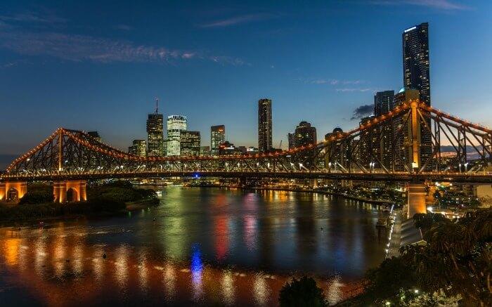 Story Bridge in Brisbane at night
