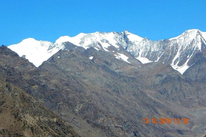 View of the daunting himalayan terrain