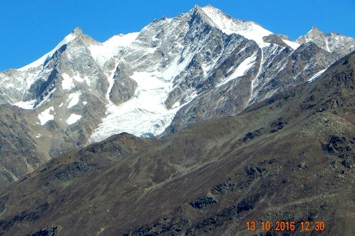 Himalayan peaks covered in snow