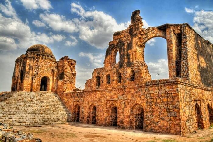 Ruins of Feroz Shah Kotla in the ancient town of Firozabad