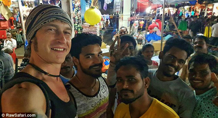 Manny and his friends on his hitchhiking experience to India