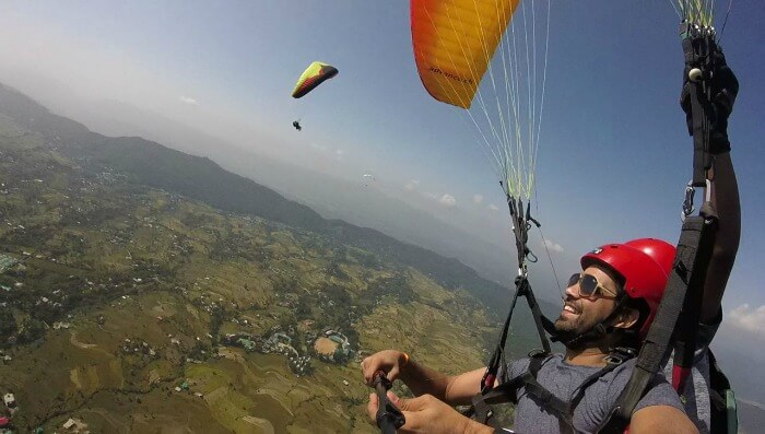 ecstatic in the air- paragliding in bir