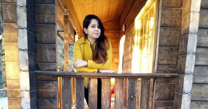 Tanisha in a resort on a weekend in Lansdowne